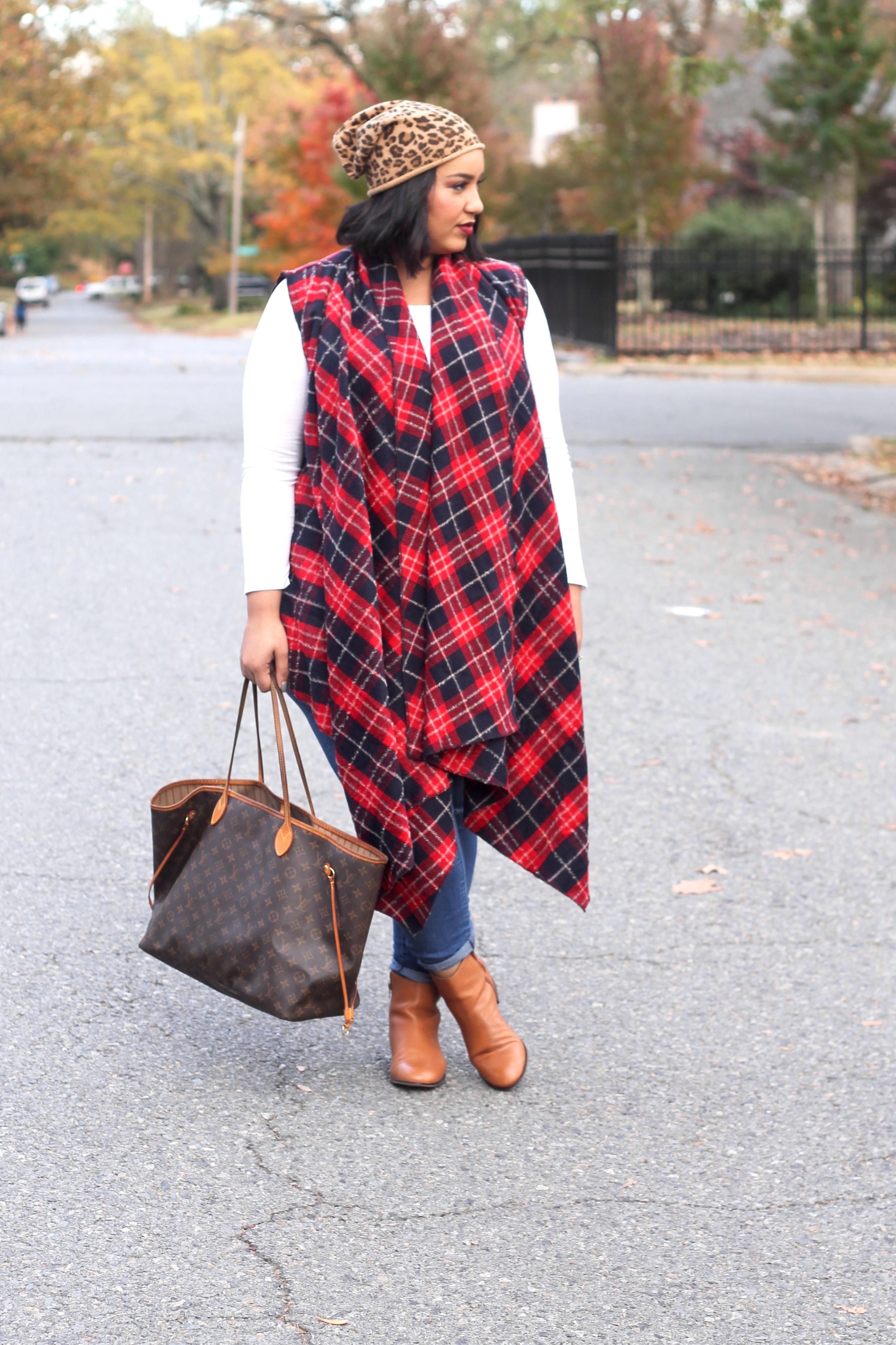 A Comfy & Cute Thanksgiving Outfit Idea