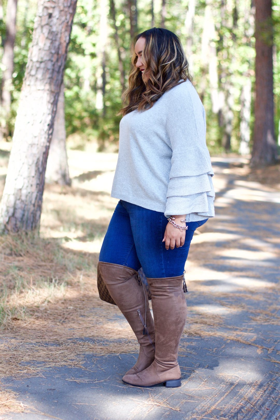 pics 21 Comfy Stylish Thanksgiving Outfit Ideas